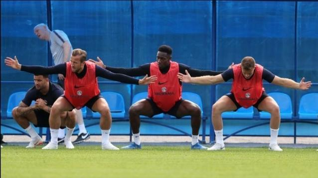 England's (left-right) Kyle Walker, Harry Kane, Danny Welbeck and Jordan Henderson during a training session